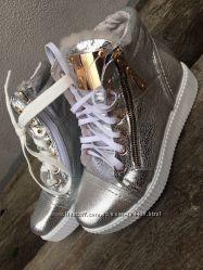 Зимние ботинки -кеды Zaanti кожа, цвет черный, марсала и серебро