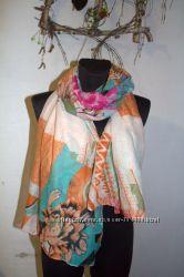 большой выбор шарфиков платков H&M Zara Pieces
