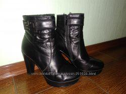 Женские кожаные ботинки 39 размер