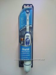 Электрическая зубная щетка Oral-B DB4 Expert