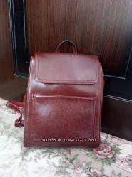 продам новый кожаный рюкзак