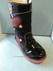 Продам ортопедические зимние ботиночки