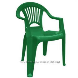 Пластиковый стул со спинкой