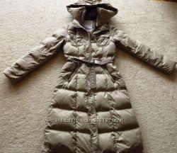 Пуховое пальто Benetton.
