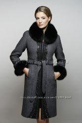 Зимнее королевское пальто RASLOV 44 размер в идеальном состоянии