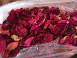 Сухие лепестки розы