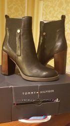 Tommy Hilfiger ботинки 37, 5 оригинал США