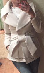 Продам очень красивое коротенькое пальто