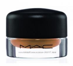 MAC Redhead Fluidline Brow Gel