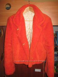 Яркая меховая курточка р. 46-48
