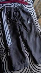 Спортивние штани Adidas  оригинал. р. 98.