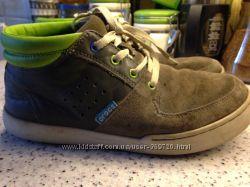 продам ботиночки для подростка