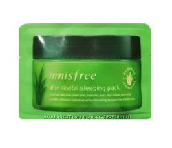Ночная маска для лица с мякотью Алоэ Innisfree Aloe revital sleeping pack