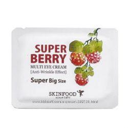 Мульти-питательный крем для кожи вокруг глаз SKINFOOD Super Berry Multi Eye