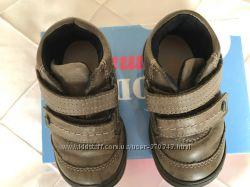 Демисезонные ботиночки на липучках Froddo натуральная кожа