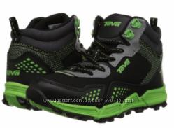 Демисезонные ботинки для мальчика Teva Escape Mid Boys Hiker