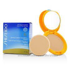 Солнцезащитная пудра Shiseido Tanning Compact Foundation N SPF 6