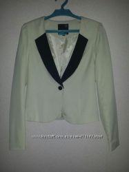 Пиджак жакет молочно-белый с черным