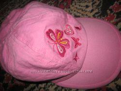розовая кепочка