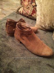 Шикарные замшевые ботинки