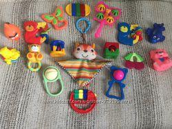 Лот набор погремушек игрушек для малышей Tolo Tiny Love Chicco