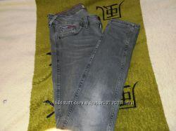 Фирменные джинсы от Denim, в отличном состоянии