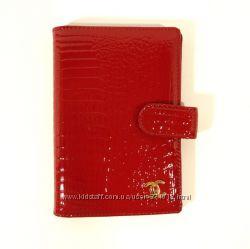 8032eeb8efaa Обложка для паспорта, авто, документов кожаная черная, красная Chanel 9013
