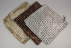 Стильный платок, косынка Louis Vuitton, атлас, расцветки