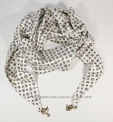 Стильный платок, косынка Louis Vuitton белого цвета, атлас