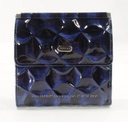 Маленький женский кожаный кошелек Desisan 067, расцветки