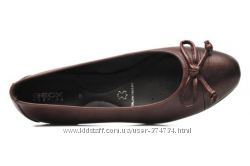 Шикарні шкіряні туфлі-балетки Geox D Ritva D, Оригінал