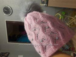 Продается классная демисезонная шапочка на девочку