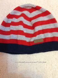 шапочка для мальчика от  H&M