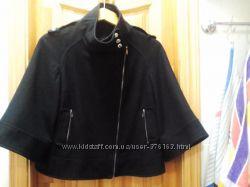 Демисезонная куртка с ассимметричной застежкой