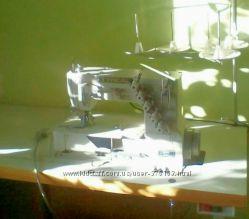 Распошивальная промышленная машина TYPICAL GK31030 с столом
