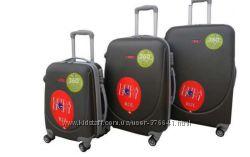 Продам міцні чемодани з карбону. Розмір середній та великий. Вир-во Польща