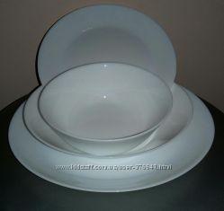 Красивые белые тарелки. Можно подобрать набор. Шикарно смотрятся на столе