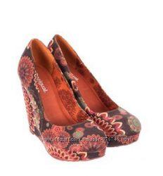 Красивые туфли Desigual. Оригинал