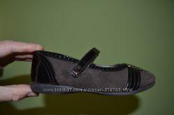 Кожаные туфли Stride Rite модель Вridget. Оригинал из Америки. Размер 26.