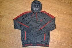 Куртка - ветровка Adidas оригинал. Размер XL.