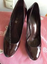 Aldo туфли женские лаковая кожа цвет бордо р 38