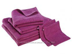 Яркое махровое полотенце 90 на 52 Meradiso Германия