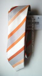 Разные шелковые галстуки дорогих брендов