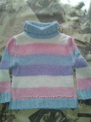 Красивый свитерок для девочки на 4-6 лет состояние нового