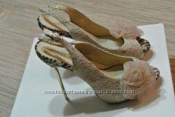 Роскошные босоножки на красивые ножки, р. 38, обуты раза 3
