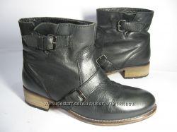 Ботинки Испанского бренда Pull and Bear. Натуральная кожа. Испания.