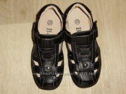 Открытые туфли B&G, кожа, размер 28.