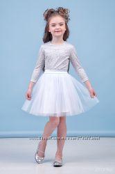 Нарядные платья-комплекты для девочек 98-128см в наличии