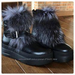 Теплые зимние ботинки. Зима . Все натуральное . Наличие