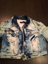 Стильная джинсовая мини куртка